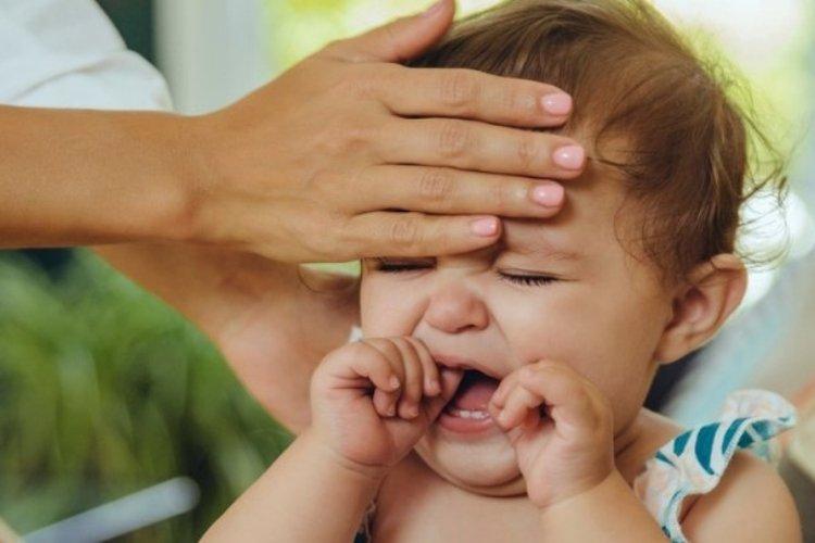 bé sẽ bị ốm nếu bố mẹ đưa bé ra khỏi phòng điều hòa đột ngột