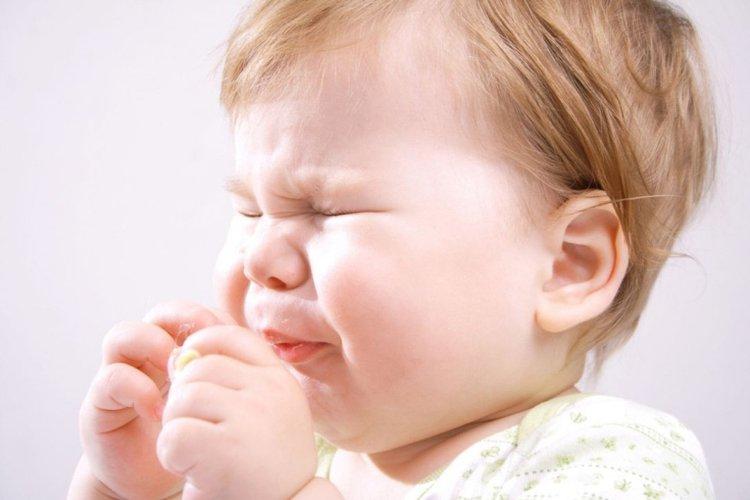 trẻ sơ sinh bị viêm mũi dị ứng