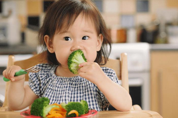 trẻ không chịu ăn rau phải làm sao
