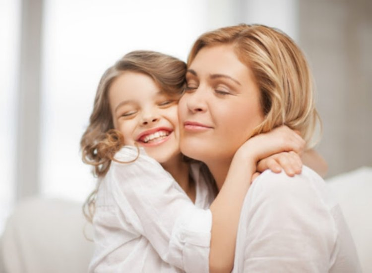 mẹ dành nhiều thời gian quan tâm chăm sóc trẻ hay giận dỗi