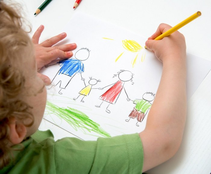 tập tô màu cho bé