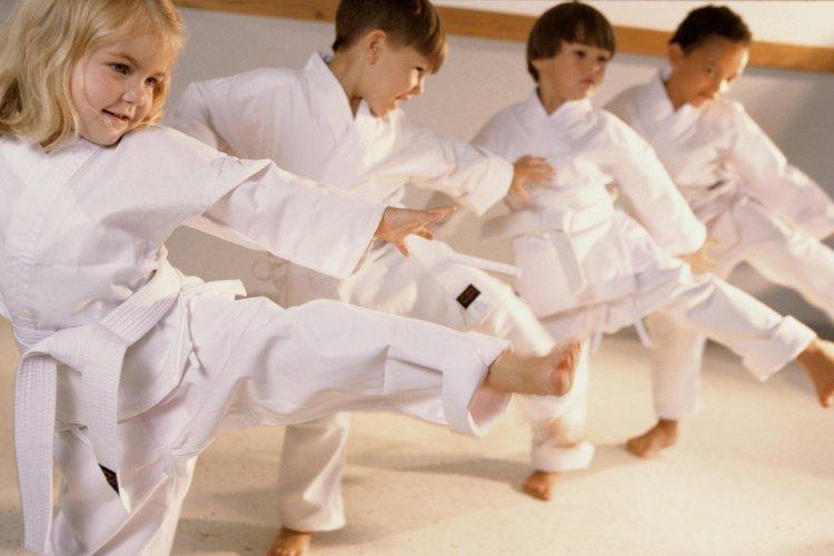 nên cho trẻ học võ gì? trẻ nhỏ nên học judo và jiu jitsu