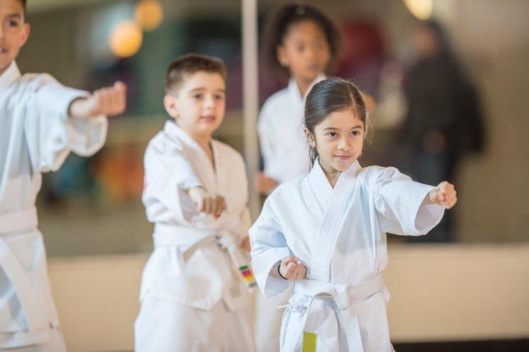 nên cho bé học võ gì? bé học võ jiu jitsu