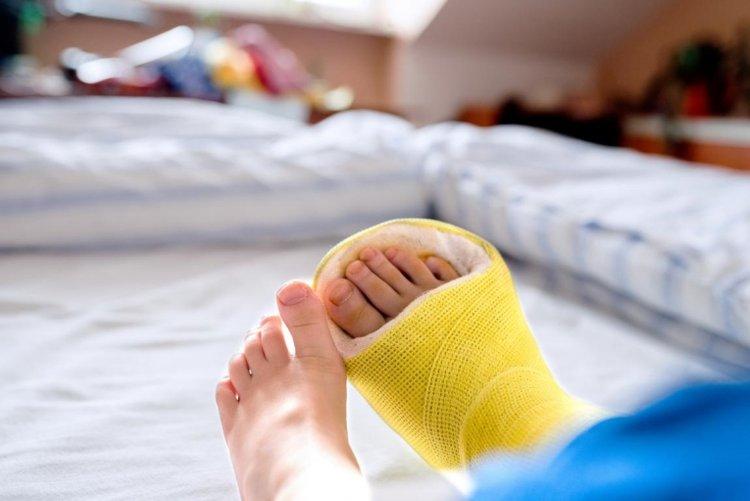 phòng tránh tai nạn thương tích cho trẻ do bị ngã