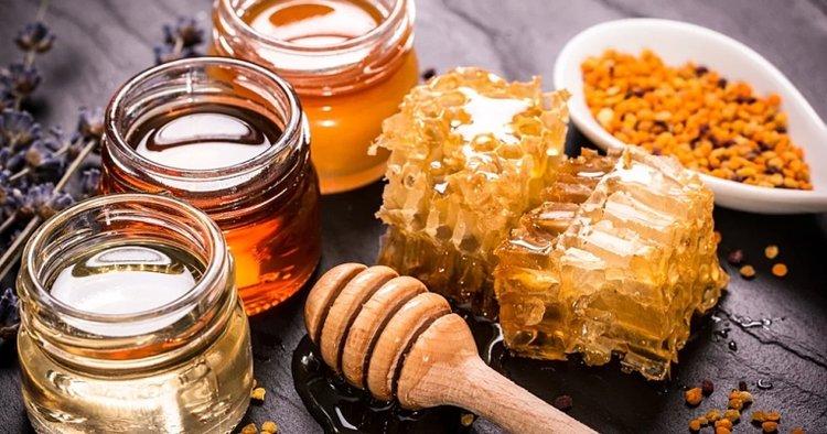 trẻ sơ sinh có nên ăn mật ong hay không?