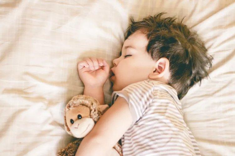 các lý do trẻ khó ngủ về đêm