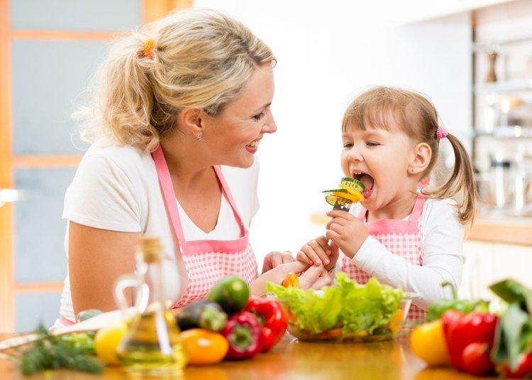 Chế độ dinh dưỡng để tăng sức đề kháng cho trẻ