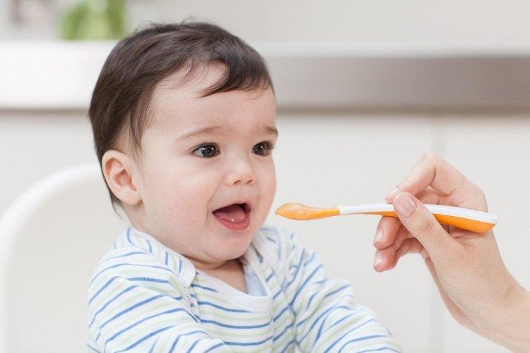 cách sử dụng men tiêu hóa cho bé
