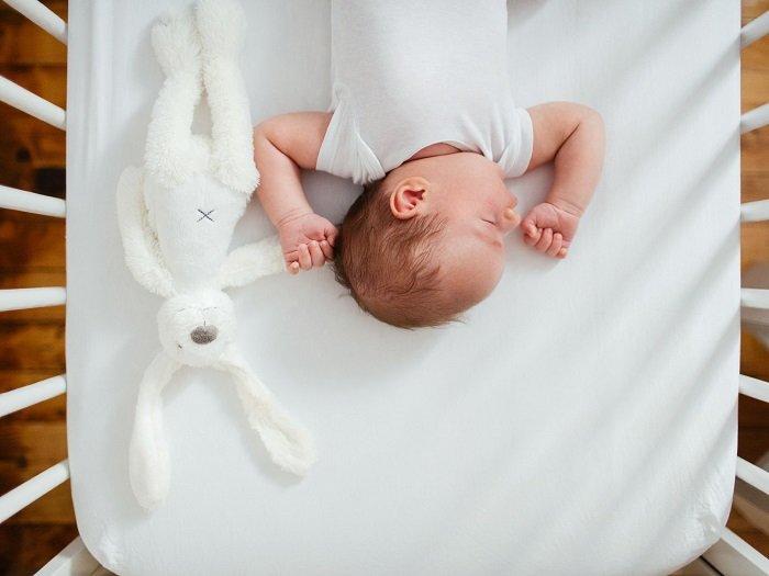 vì sao trẻ nên ngủ sớm
