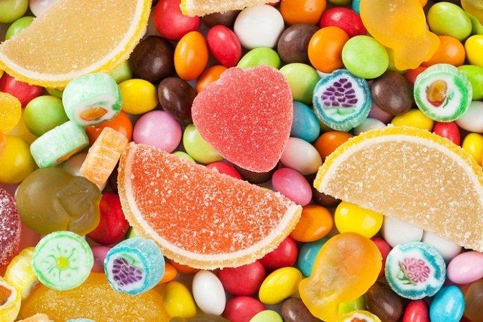 Đồ ngọt ảnh hưởng nhiều đến chất lượng giấc ngủ của trẻ.