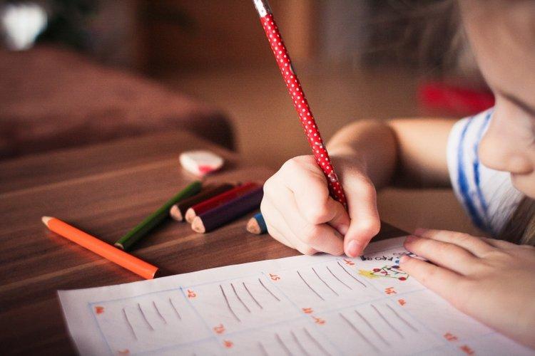 trẻ tự sáng tác những bài thơ tiếng Anh cho trẻ em