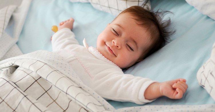 em bé ngủ ngon