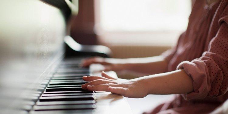 lợi ích khi học đàn piano