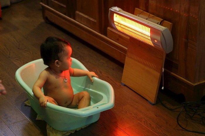 dùng máy sưởi cho trẻ sơ sinh có tốt không