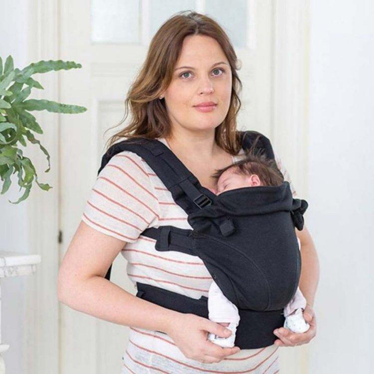 cách dùng địu cho bé an toàn