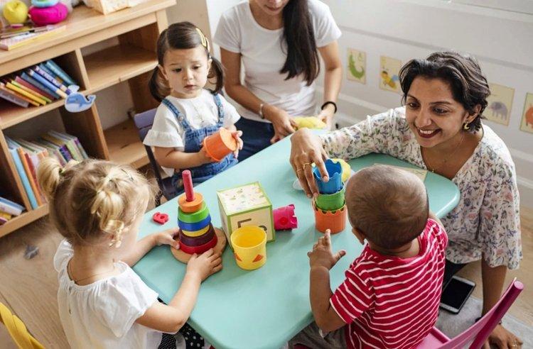 7 bước tạo tâm lý thoải mái khi chuyển trường mầm non cho bé