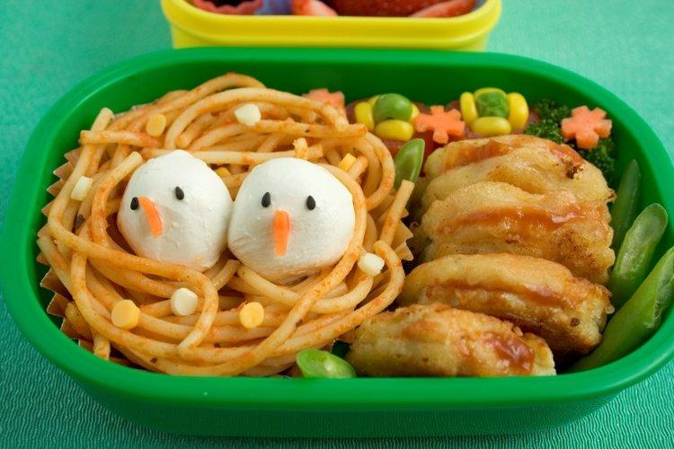 hộp đồ ăn cho trẻ em