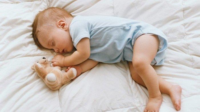 trẻ sơ sinh ngủ thở như ngáy