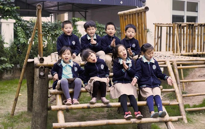 Các em bé tham gia lớp tiền tiểu học