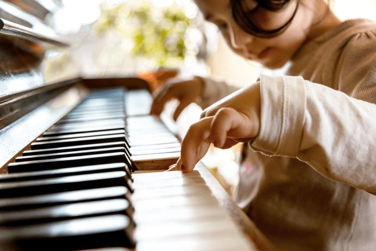 nên cho bé học piano từ mấy tuổi